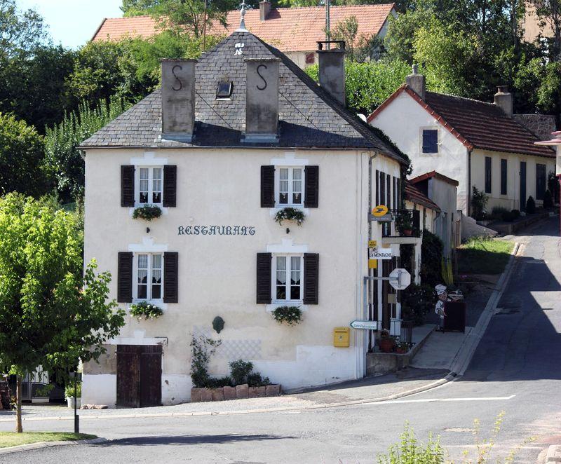 restaurant-chez-jos-et-karine-bertlapalissetourisme---copie.jpg